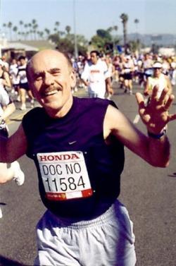Dr. Ignarro beim Marathon-Lauf